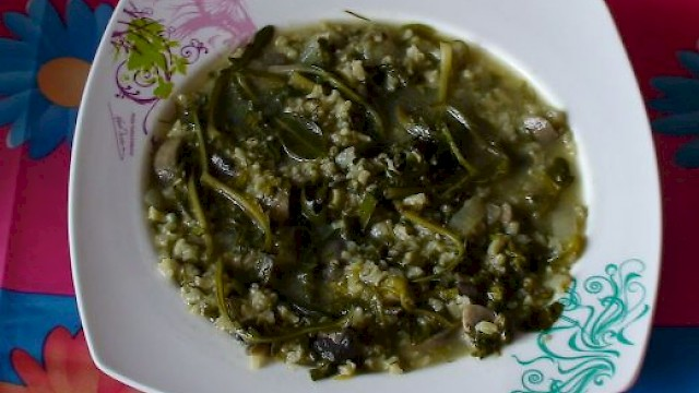 Spinach rice with stamnagathi